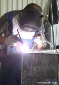 Аргонно-дуговая сварка (аргонная сварка)  Ремонт радиаторов охлаждения легковых и грузовых автомобилей в Красноярске arginnaya svarka